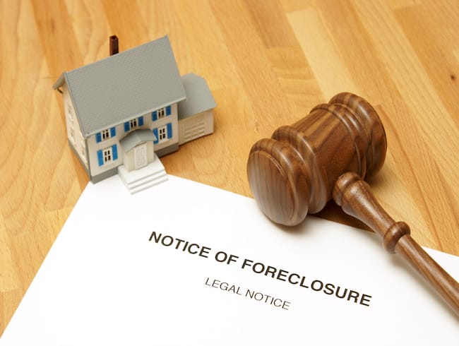 Foreclosure lawyer