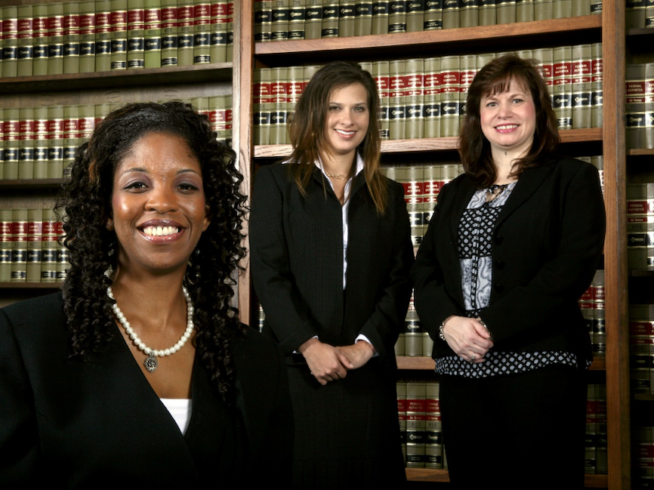 Three Reasons to Choose a Small Law Firm for Your Foreclosure Defense Lawyer Near Colma